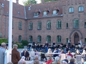 Livgardens Musikkorps ved den årlige koncert i klostergården
